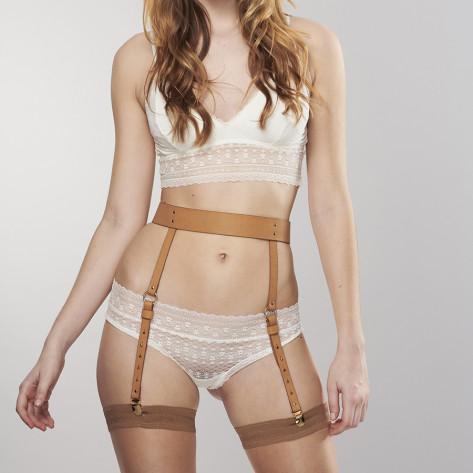 MAZE - Suspender Belt Brown